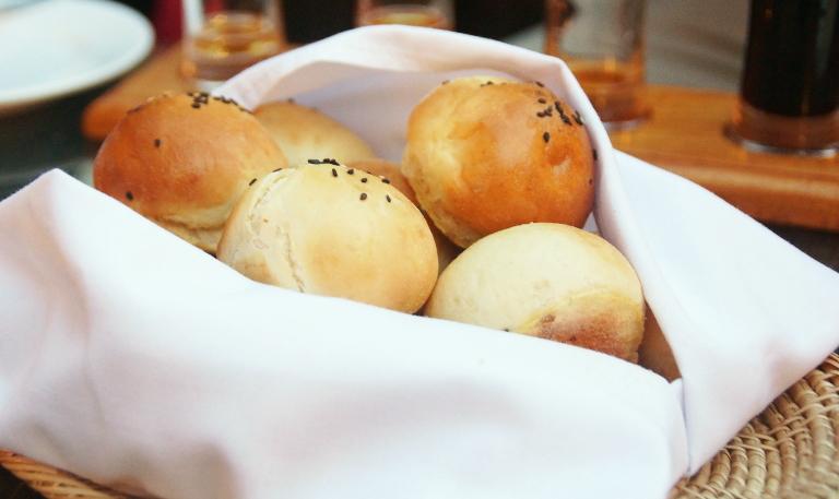 カンボジア シェムリアップ パン