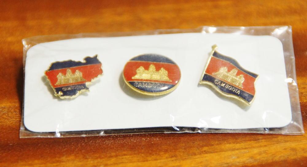 カンボジア 国旗 ピンバッジ